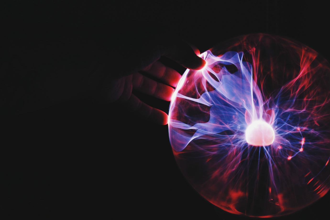 Bola de energia estática_Ramón Salinero_Unsplash