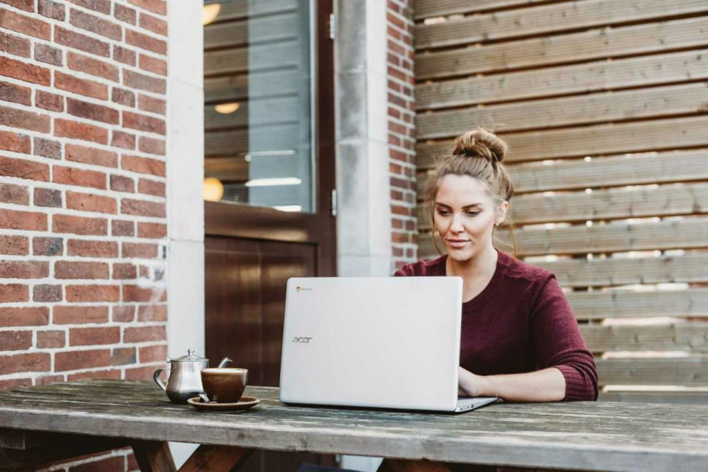 Acordo online: como empresas esto evitando os altos custos e a burocracia dos processos