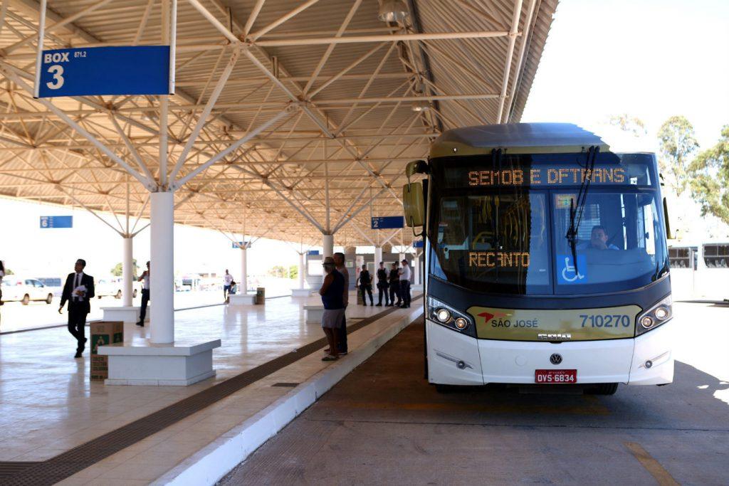 Transporte rodoviario no Brasil_WikimediaCommons
