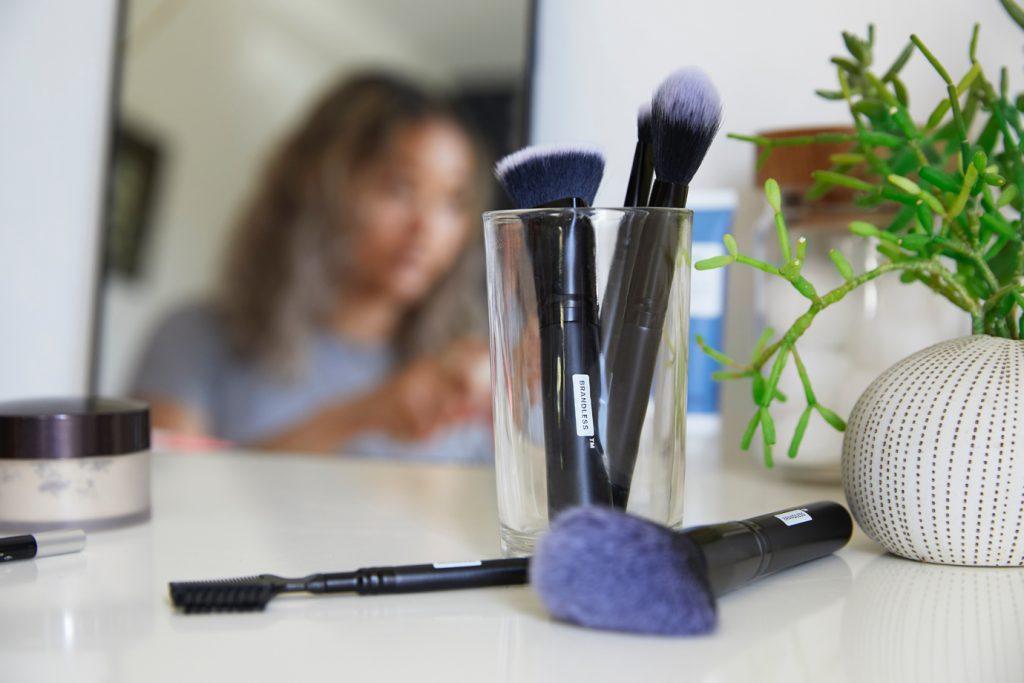 indústria de cosméticos e mediação online